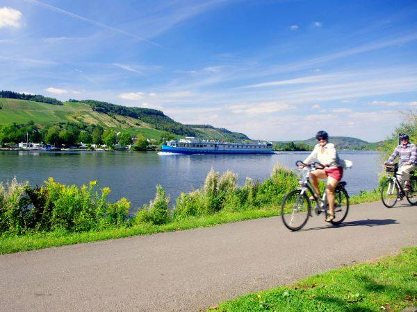 Cycling Holidays - Bike & Barge: Koblenz to Saarburg